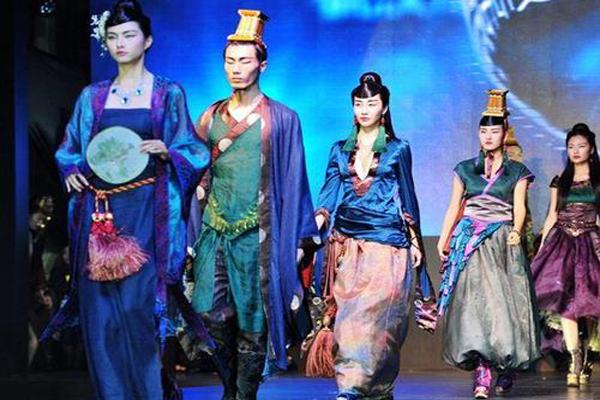 中国十大制衣城市 可怕!你穿的衣服其实全都来于这个小工厂