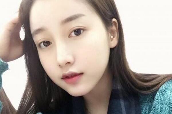 中国最美10大校花排行榜 人称奶茶妹妹如今已成京东老板娘