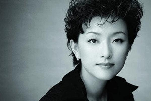 中国10大美女富婆 杨澜第一,她年仅21岁就成集团企业董事长