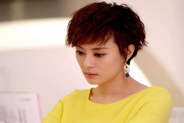 中国鼻子最美的十大女明星 杨幂赵薇上榜,第一舞蹈演员出身