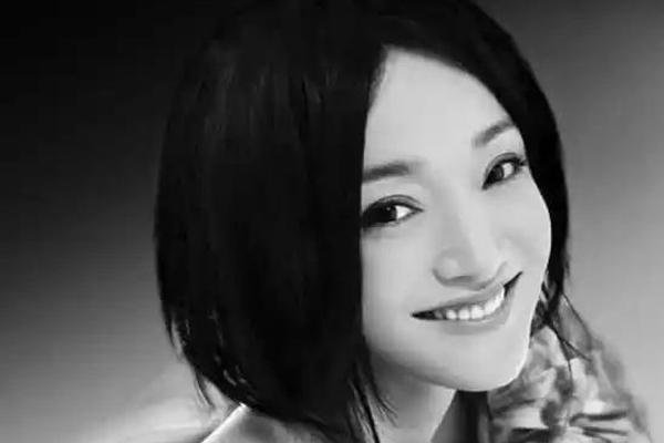 世界十大最美电影女明星 林青霞张曼玉上榜,第一人称为巩皇