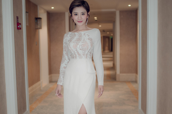 中国内地十大美女主持人 柳岩排名第二,第一名为战狼老婆