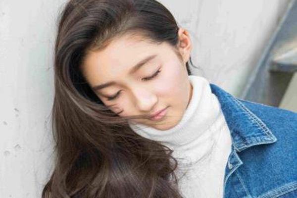 中国娱乐圈十大长发美女 倪妮杨幂纷纷上榜,第一名竟是紫薇