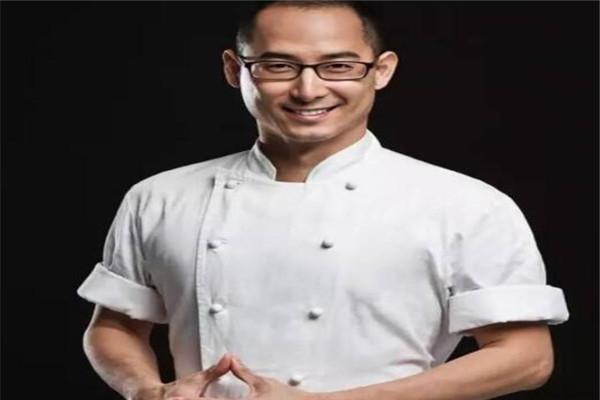 亚洲十大名厨排名,刘一帆上榜,第三是亚洲最美女厨师