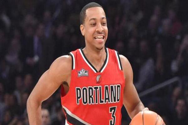 NBA开拓者队员年薪排名2019 最高年薪2798最低279(万美元)