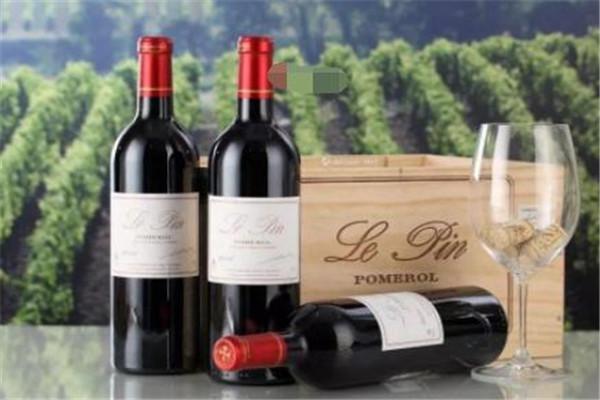 世界五大名庄红酒品牌,木桐酒庄上榜,你尝过哪家的红酒