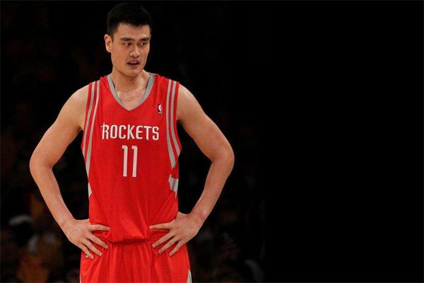 NBA手掌大小排名 姚明手掌长度25.4cm仅第5,第一竟35.5cm