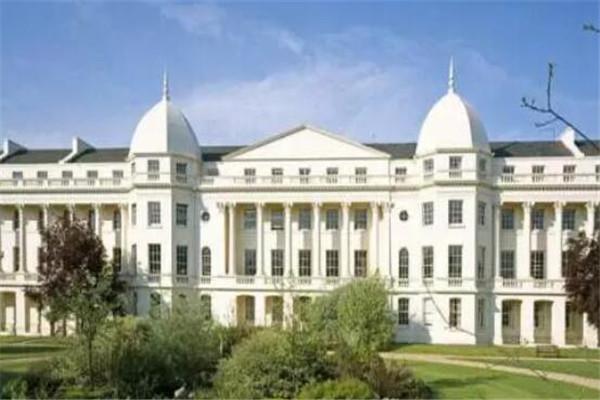 世界五大商学院,伦敦商学院上榜,其余四所来自美国