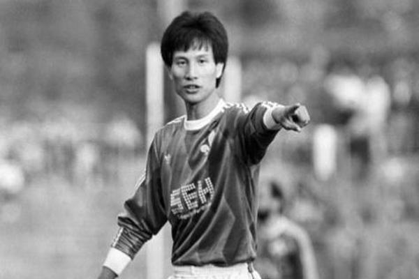 中国足球历史十大球星:第一名堪称世界巨星居然是一名女将