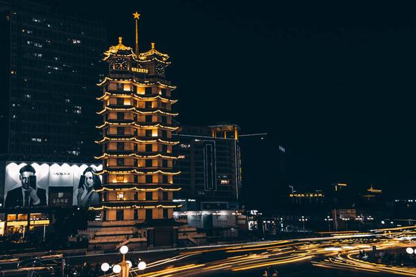 抖音上郑州最火的地方top10:德化街/蹦床公园上榜,快打卡