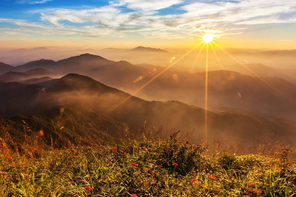 福建十大爬山好去处排行榜:天竺山第九,第二被称海上仙都