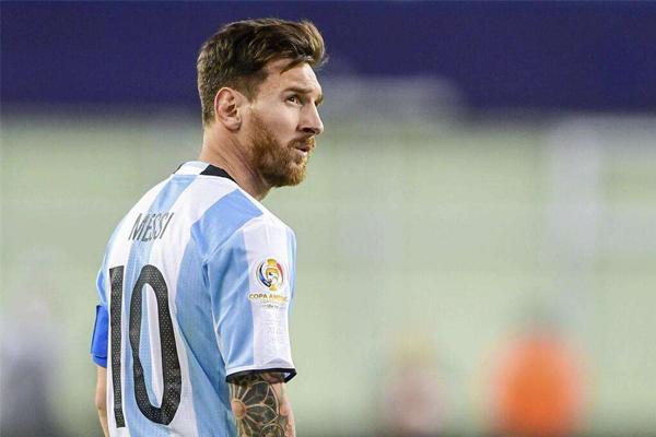 阿根廷十大传奇巨星 梅西仅仅排名第10,没想到第一竟是他