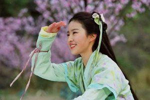 湖北十大美女明星:武大校花吴倩上榜,第一名是仙女本仙
