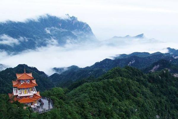 花都好去處 廣州爬山十個好去處:廣州最高峰天堂頂上榜 第一名盡覽廣州