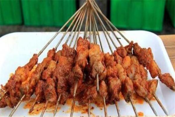 宁夏银川必吃的美食,辣糊糊很像关东煮,羊杂碎必尝