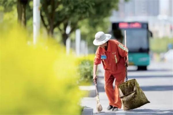 中国十大受尊敬的职业,科研人员上榜,其它的你都知道吗