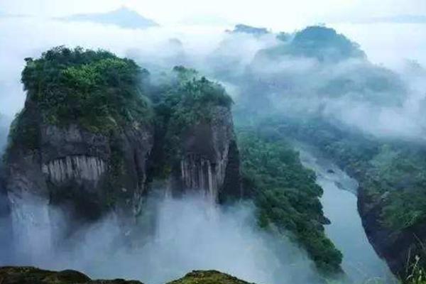 中国十大爬山好去处
