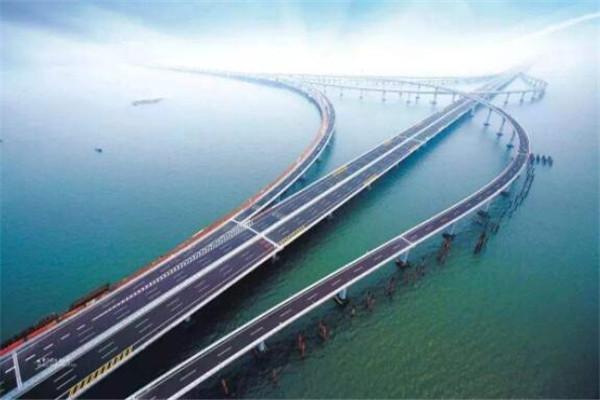 中国10大超级工程,三峡大坝上榜,第一是铁路建筑史上的丰碑