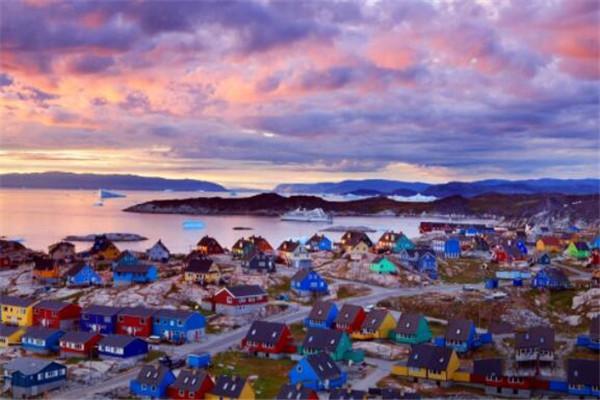 世界十大岛屿 格陵兰岛居榜首,第四以地形地势闻名全球
