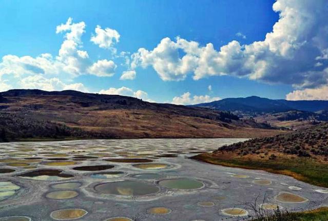 世界十大最美丽的湖泊 死海上榜,五花湖仅列第三