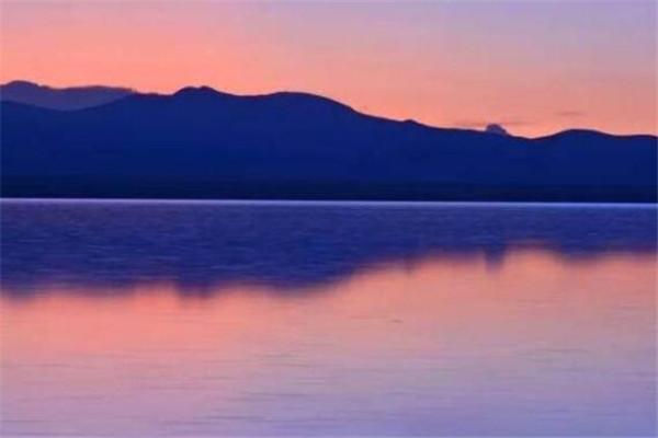 世界最美的十大地方 圣托里尼岛美到让人想哭,此生必去