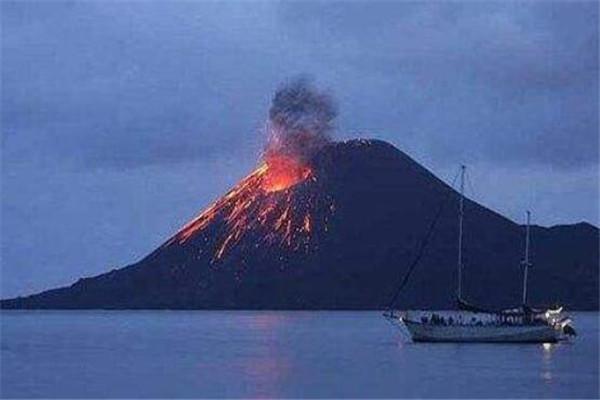 世界十大超级火山 长白山火山成人气旅游地,你认识哪几座