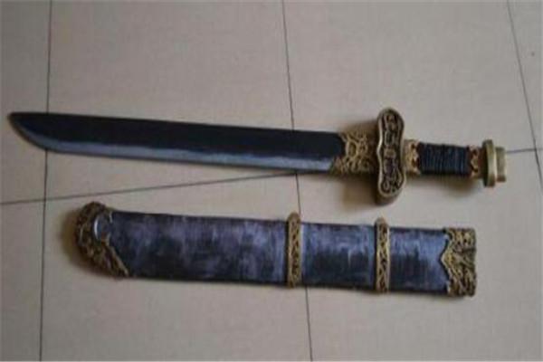 世界十大邪剑 中蝮蛇者几乎无人能生,个个如有魔力