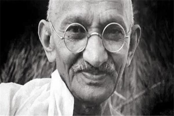 世界十大伟人 我国两位上榜,甘地是印度国父