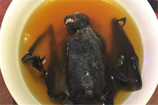 世界十大恶心的食物 金粒餐能刷新你的认知,蚕蛹营养丰富
