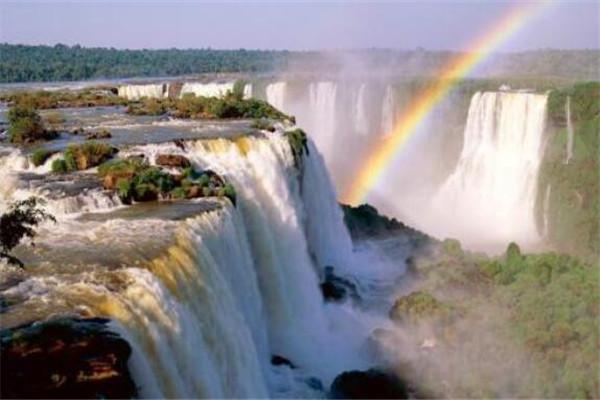 世界十大最最高的瀑布 秘鲁三姐妹瀑布上榜,第四南美洲最大