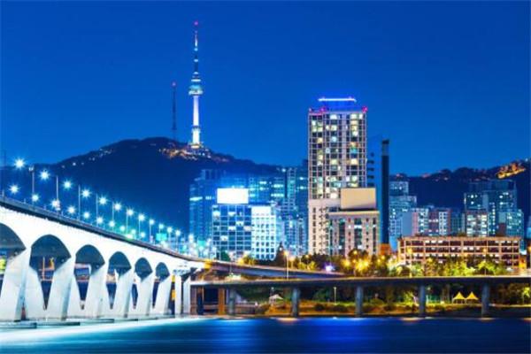 世界最有钱的十大城市 日本两城上榜,美国最多