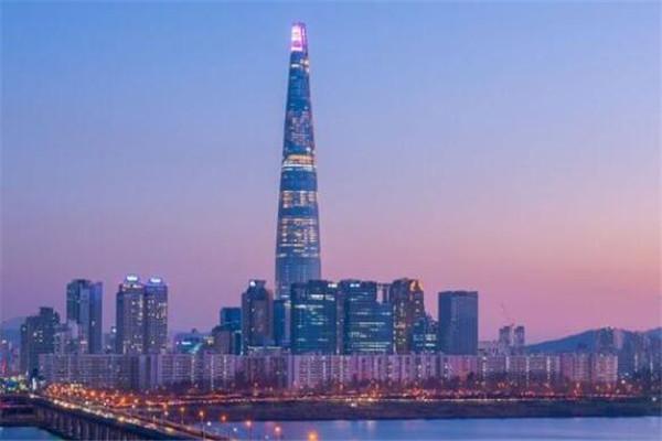 世界十大最高建筑 平安金融中心上榜,第一高达1007米