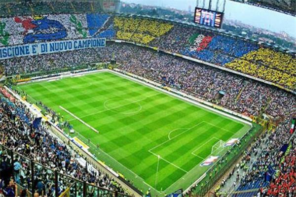 世界十大足球场 鸟巢上榜,诺坎普球场欧洲最大