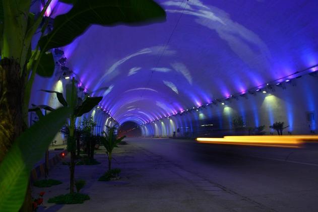 世界十大著名隧道 中国上榜三个,第一名耗资1269亿元