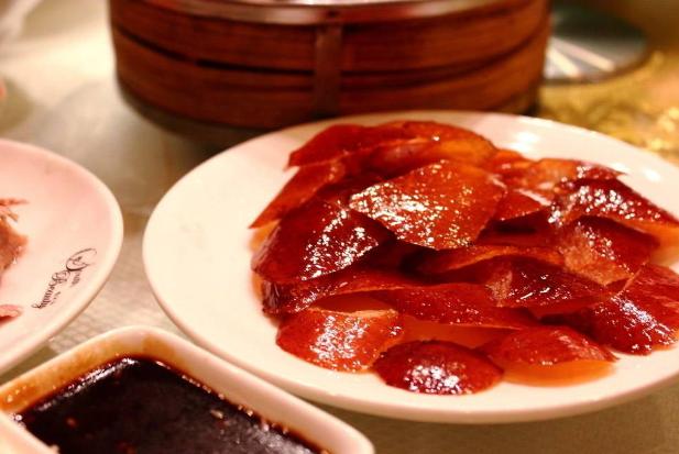 世界最好吃的十大美食 中国仅烤鸭上榜,美国BBQ排第一