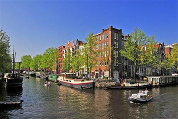 世界十大运河 巴拿马运河是建筑奇迹,第一果然在我国