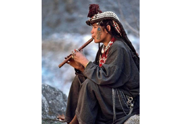 世界最不可思议的十大民族 第二不会说话,第一没有文字