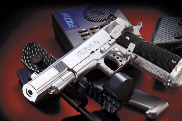 世界十大最著名的手槍 中國QSG92上榜,第一為意大利產