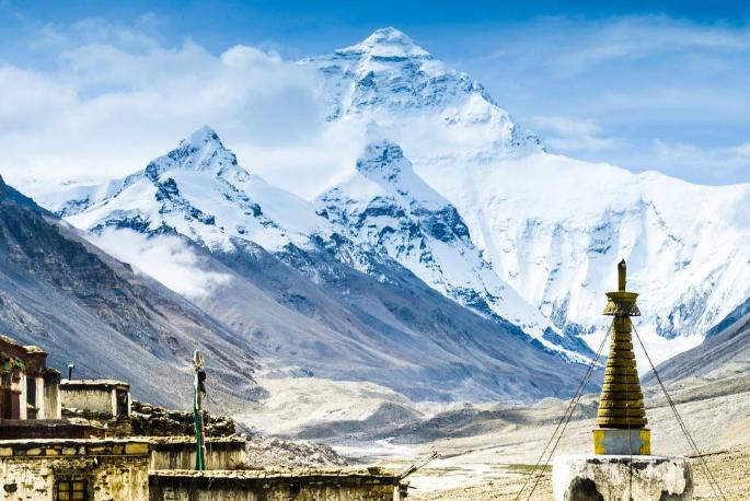 世界最美十大奇观 珠穆朗玛峰上榜,黄石公园排第三
