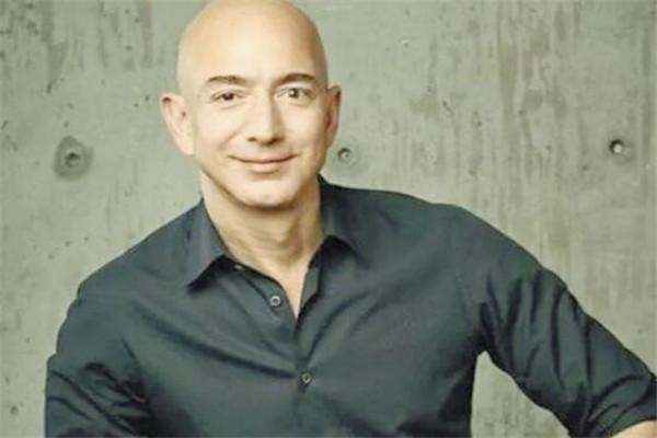 世界十大有钱人 巴菲特上榜,第五位是最年轻的亿万富翁
