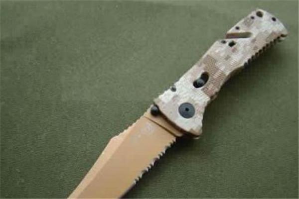 世界最好的十大军刀 fallknivenmc1刀锋力惊人,榜首堪称完美