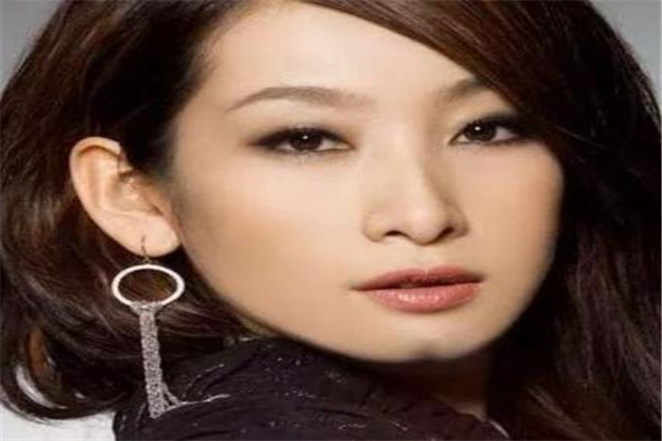 世界十大最贵的女人,蔡依林上榜,第一全身价值128亿