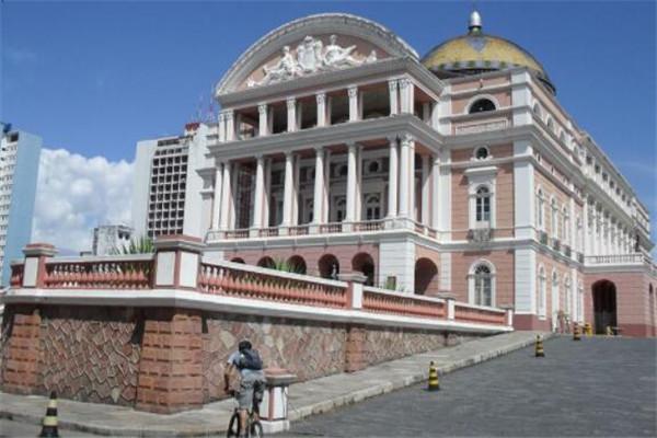 世界著名的十大歌剧院 亚马逊剧院上榜,第七能屋顶上漫步