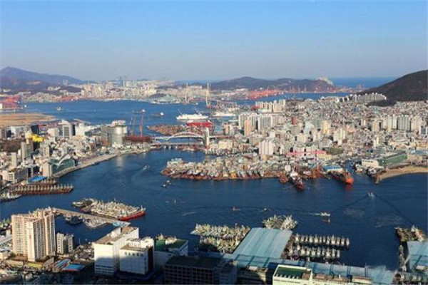 世界十大港口 鹿特丹港曾是最繁忙的港口,我国七个上榜