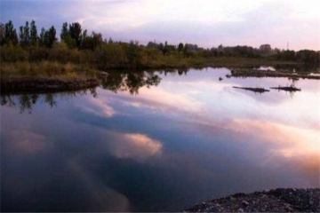 世界十大可怕的河 沸水河和开水没区别,第三有放射性物质