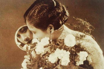 旧上海十大美女:第一名与其说是美女不如说是才女