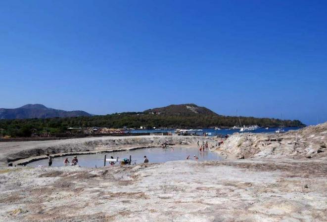 世界最神秘的十大岛屿 来自大自然的鬼斧神工