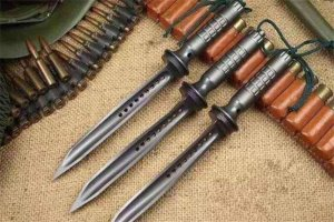 世界最好的十大軍刀排名 狗腿刀戰斗力極強,榜首打造于我國