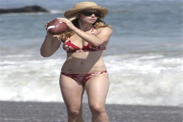 世界十大翘臀 胡凯莉上榜,珍妮弗洛佩兹给自己上了不少保险