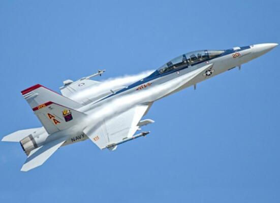 世界最强的十大飞机 F-35闪电上榜,歼-20威龙综合性能超强